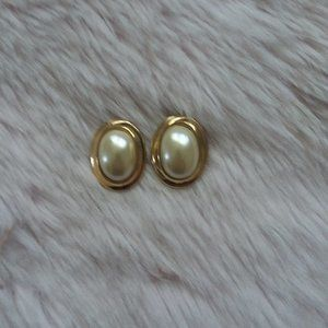 Vintage Oval Gold & Pearl Earrings